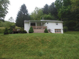 Featured Property in Mannington, WV 26582