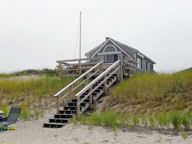 Single Family for Sale at 89-2 Salt Marsh Road East Sandwich, Massachusetts 02537 United States