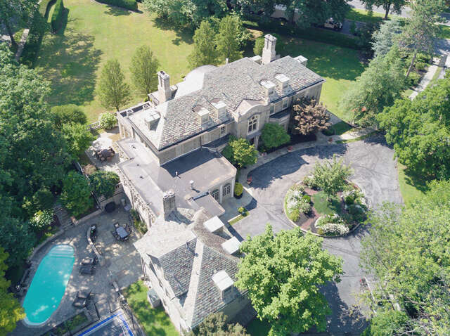 Single Family for Sale at 1198 Reading Blvd Wyomissing, Pennsylvania 19610 United States