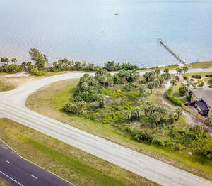Featured Property in Malabar, FL 32950