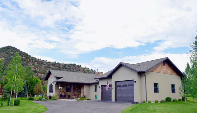 Single Family for Sale at 233 Meadow Wood Road Glenwood Springs, Colorado 81601 United States