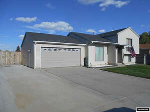 Featured Property in Rawlins, WY 82301