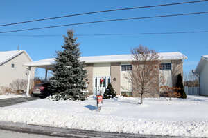 Featured Property in Plantagenet, ON