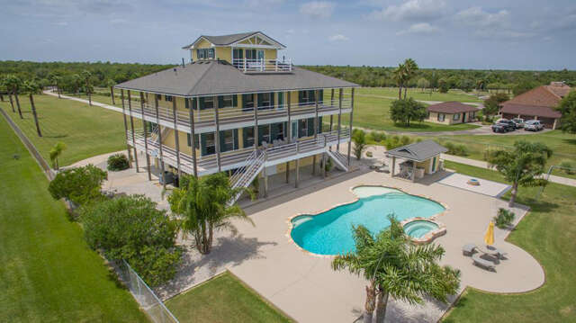 Single Family for Sale at 11130 Tri City Beach Beach City, Texas 77523 United States