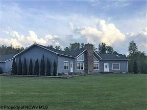 Featured Property in Reedsville, WV 26547