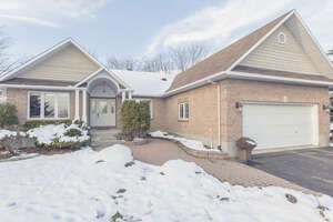 Featured Property in Greely, ON