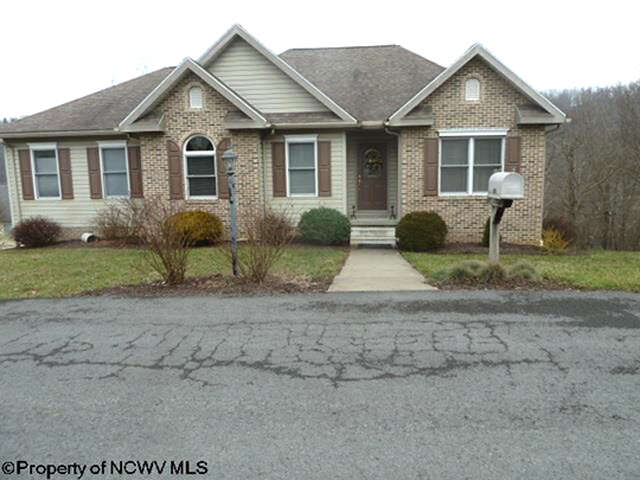 Real Estate for Sale, ListingId:43665039, location: 126 Village Crest Drive Morgantown 26508