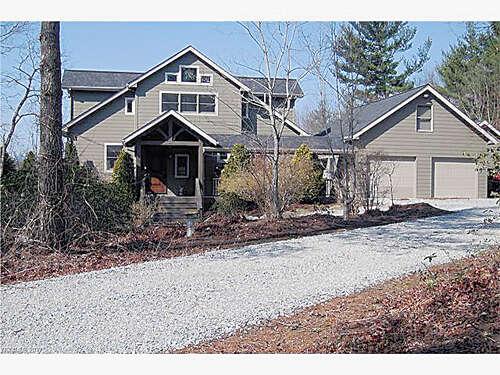 Single Family for Sale at 122 Carpenter Road Spruce Pine, North Carolina 28777 United States
