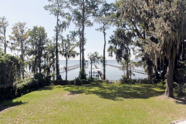 Single Family for Sale at 924 Fruit Cove Rd St. Johns, Florida 32259 United States