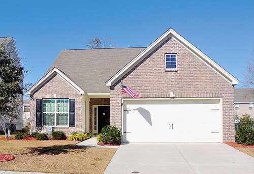 Featured Property in BLUFFTON, SC, 29909