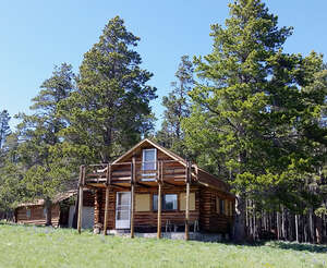 Featured Property in Buffalo, WY 82834
