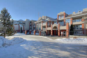Featured Property in Edmonton, AB T6C 0X5