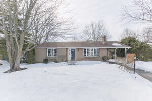Featured Property in Manotick, ON K4M 1E4
