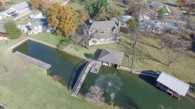 Single Family for Sale at 524 E Castleshoals Granite Shoals, Texas 78654 United States