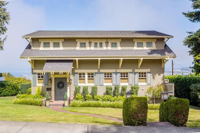 Home Listing at 511 Laurel Dr., EVERETT, WA