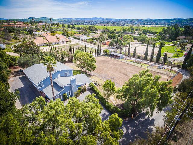 Single Family for Sale at 6145 Darlene Lane Moorpark, California 93021 United States