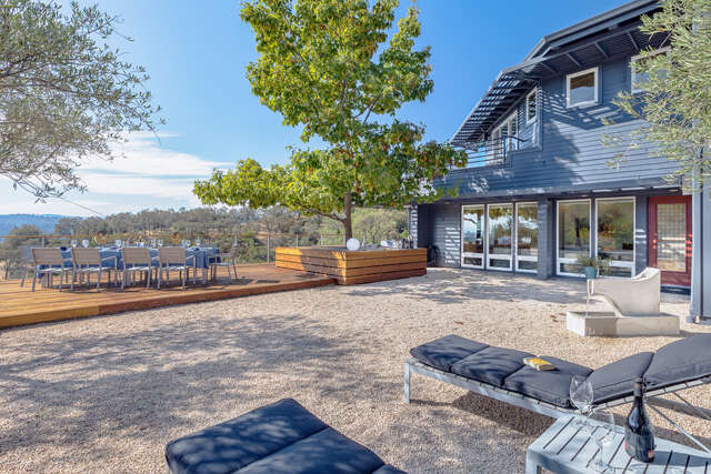 Single Family for Sale at 23121 Vineyard Road Geyserville, California 95441 United States
