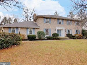 Featured Property in Carlisle, PA 17013