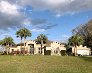 Featured Property in Morriston, FL 32668