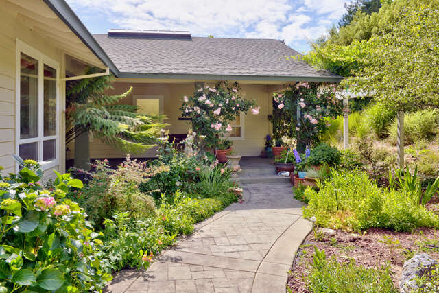 Single Family for Sale at 3750 Deer Meadow Lane Occidental, California 95465 United States