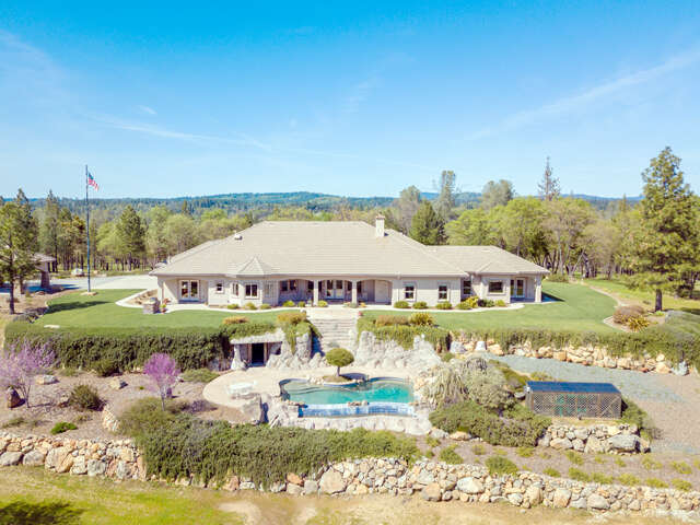 Single Family for Sale at 20890 Meyer Road Grass Valley, California 95945 United States