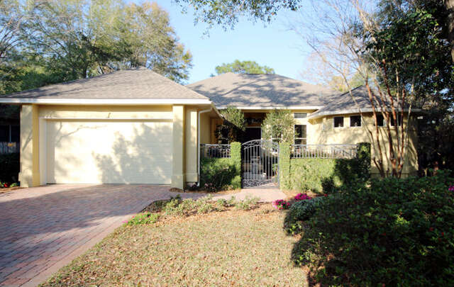 Single Family for Sale at 205 Sweetwater Run Niceville, Florida 32578 United States