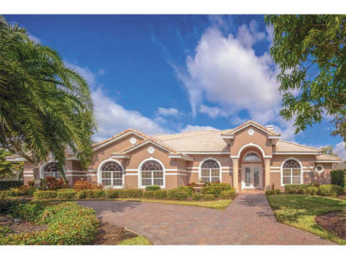 Single Family for Sale at 132 Wyndham Drive Winter Haven, Florida 33884 United States