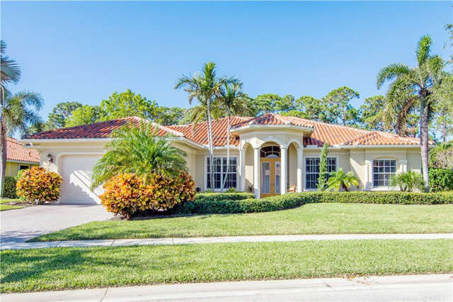Single Family for Sale at 10038 SE Osprey Pointe Drive Hobe Sound, Florida 33455 United States