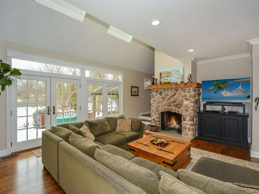 Single Family for Sale at 6030 Sherman Ave. Downers Grove, Illinois 60516 United States