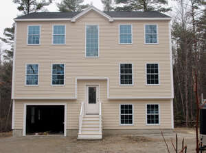 Featured Property in Seabrook, NH 03874