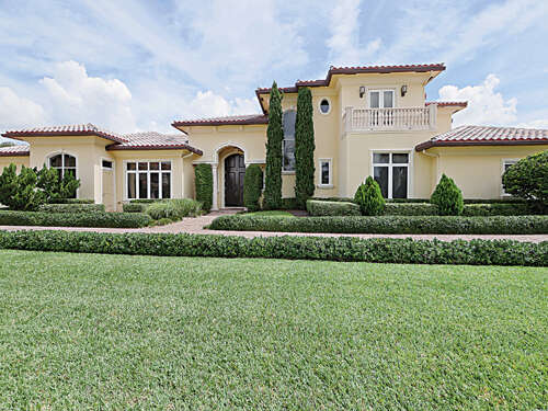 Single Family for Sale at 650 Sweet Bay Ave Plantation, Florida 33324 United States