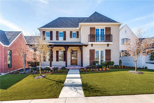 Single Family for Sale at 4004 Bent Elm Lane Fort Worth, Texas 76109 United States