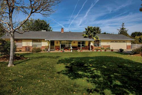 Single Family for Sale at 8445 Los Osos Road Atascadero, California 93422 United States