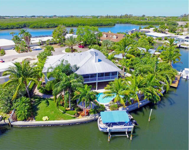 Single Family for Sale at 10424 Spoonbill Road W Bradenton, Florida 34209 United States