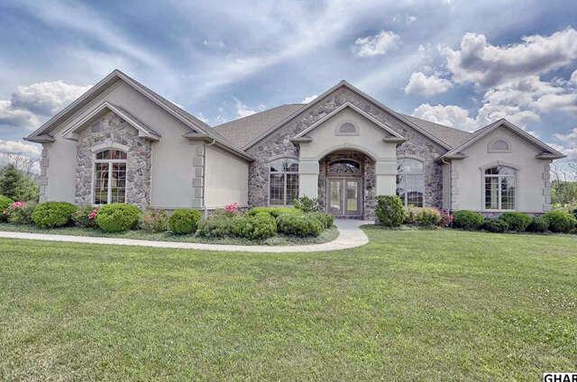 Single Family for Sale at 5045 Pellingham Circle Enola, Pennsylvania 17025 United States