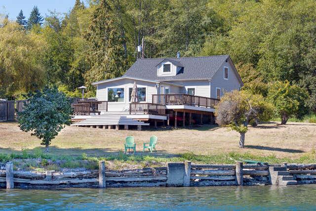 Single Family for Sale at 20690 Miller Bay Rd NE Poulsbo, Washington 98370 United States
