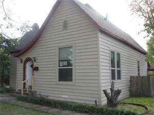 Featured Property in Wills Pt, TX 75169
