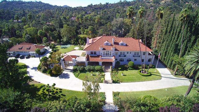 Single Family for Sale at 700 Berkshire Ave La Canada Flintridge, California 91011 United States