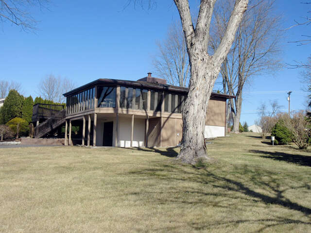 Single Family for Sale at 562 Lake Meade Drive East Berlin, Pennsylvania 17316 United States