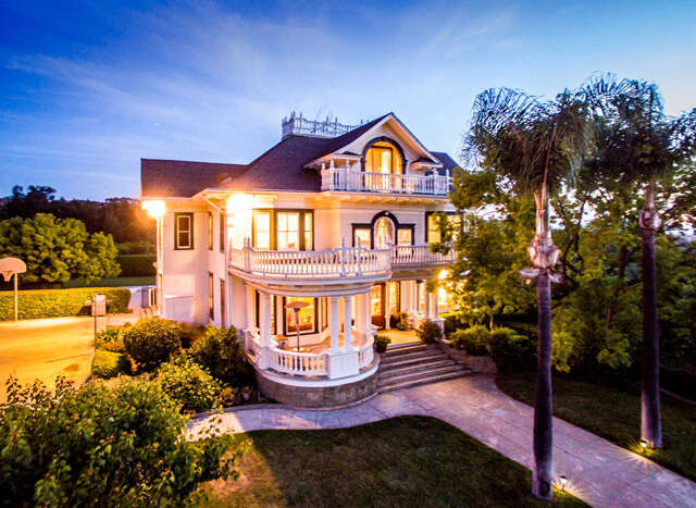 Single Family for Sale at 31843 Citrus Avenue Redlands, California 92374 United States