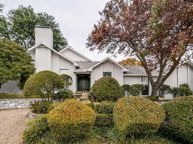 Single Family for Sale at 9217 Moss Haven Drive Dallas, Texas 75231 United States