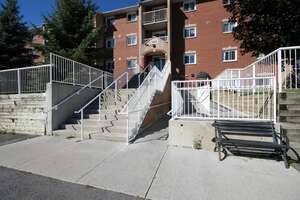 Single Family Home for Sale, ListingId:41002419, location: 566 Armstrong Road Unit 202 Kingston K7M 8M2