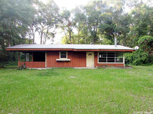 Featured Property in Bell, FL 32619