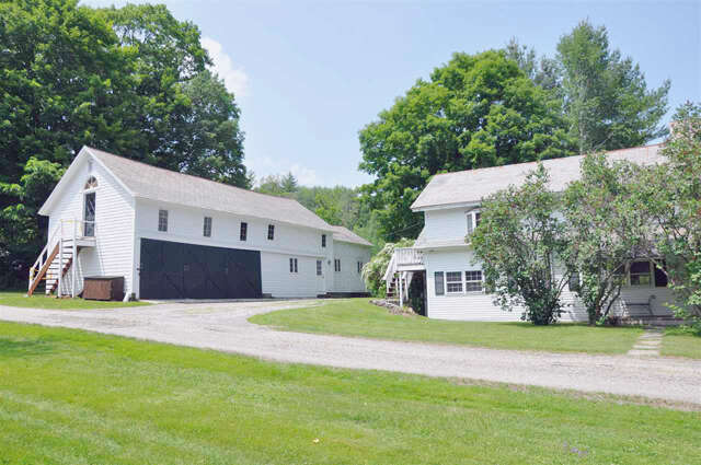 Single Family for Sale at 427 West Road Manchester, Vermont 05254 United States