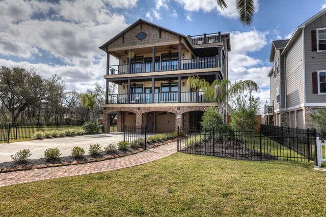 Single Family for Sale at 3332 Miramar Shoreacres, Texas 77571 United States
