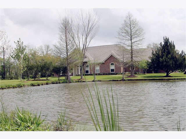 Real Estate for Sale, ListingId:44186328, location: 11223 HWY. 23 Highway Belle Chasse 70037