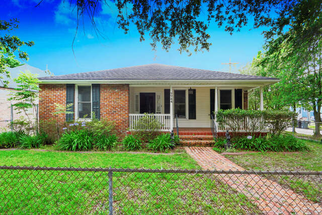 Single Family for Sale at 7744 St Charles Avenue New Orleans, Louisiana 70118 United States