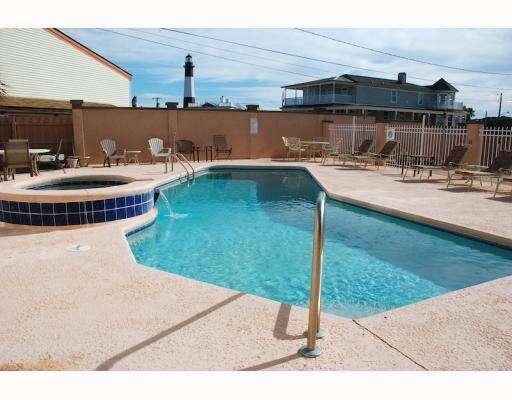 Additional photo for property listing at 19 Pulaski Street  Tybee Island, Georgia 31328 United States