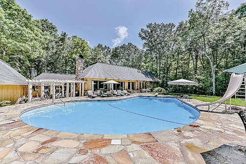 Single Family for Sale at 109 Saddletree Road Lincolnton, North Carolina 28092 United States