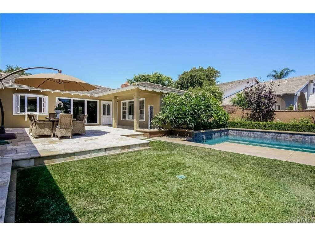 Single Family for Sale at 3065 Country Club Drive Costa Mesa, California 92626 United States